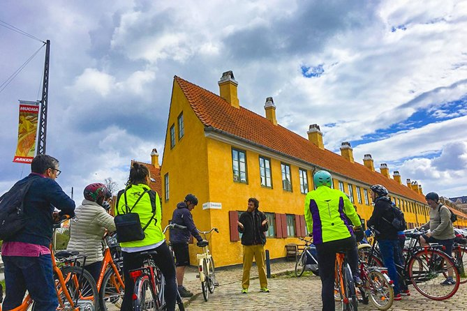 Copenhagen 1.5-hour City Highlights Bike Tour