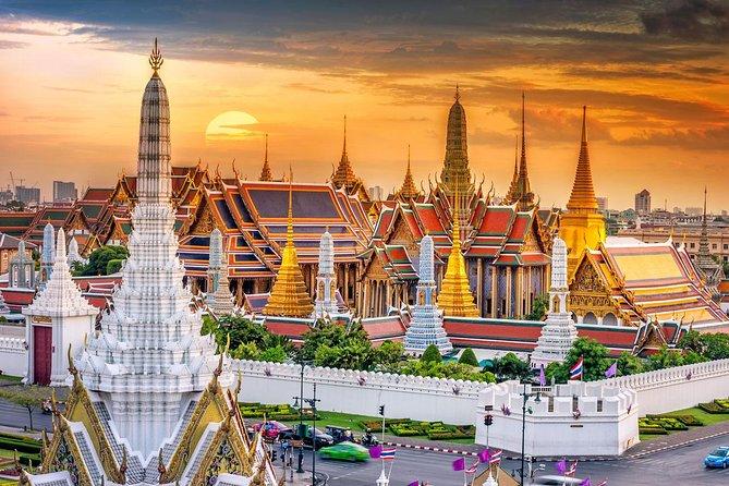 Amazing Bangkok Tour Including Royal Grand Palace, Wat Phra Kaew and Wat Arun