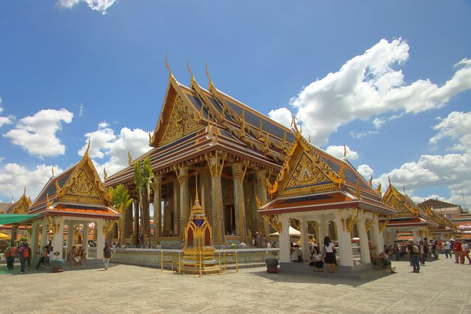Amazing Bangkok Temple & City Tour with Admission Tickets (Multi Languages)