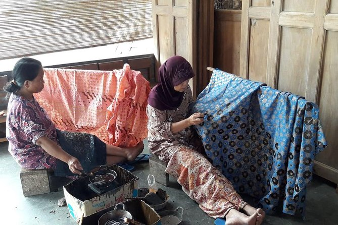 Farming Experience & Batik Workshop with Local Artist