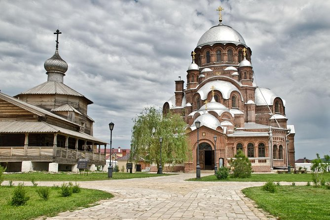 """Amazing Private trip to Ivan Terrible's fortress - """"island-city"""" of Sviyazhsk"""