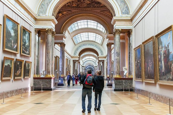 Paris Sightseeing from Disneyland with Skip-the-Line Louvre Audio Guide Tour photo 3