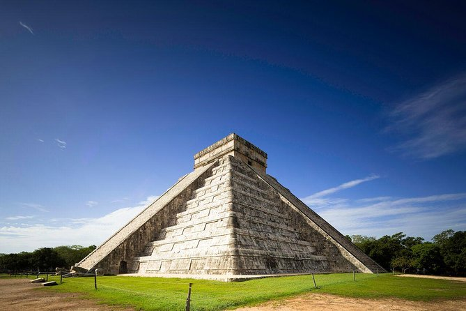 Chichen Itza and Cenote Maya full-day tour photo 1