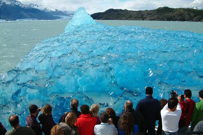 El Calafate Glaciers Sightseeing Cruise photo 2