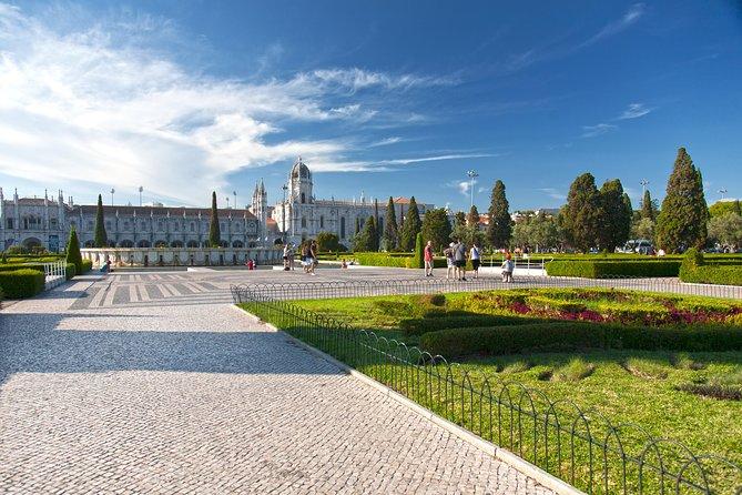 Best of Lisbon - S. Jorge Castle, Alfama, Baixa, Chiado, Príncipe Real and Belém