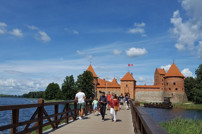 Small-Group Sightseeing Tour to Paneriai Memorial Park and Trakai Castle
