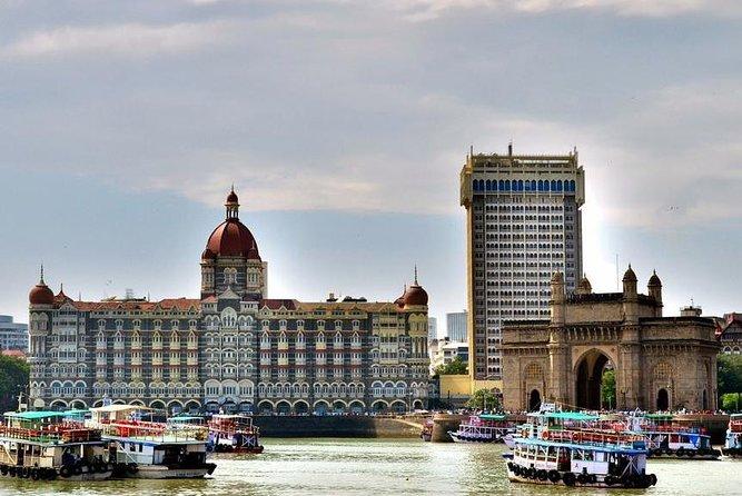 Evening Walking Tour Of Mumbai's Fashion Street, Nariman Point & The Gateway