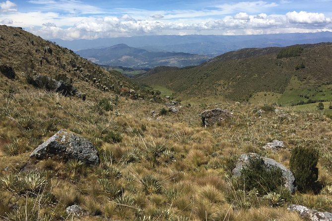Off-beaten track: Visit Mongui and hiking in Páramo de Ocetá