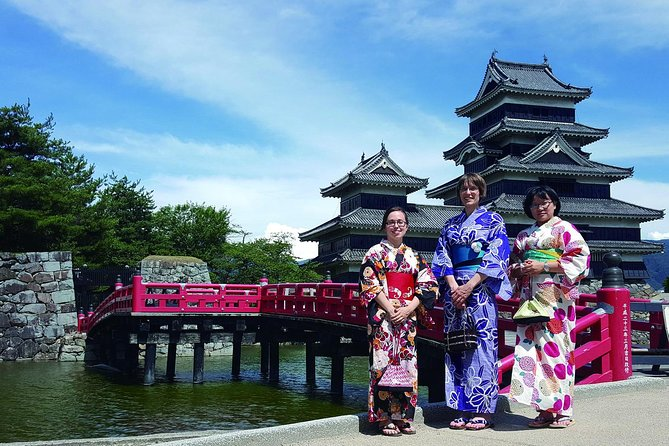Kimono & Ninja Costume Rental in the Castle Town of Matsumoto