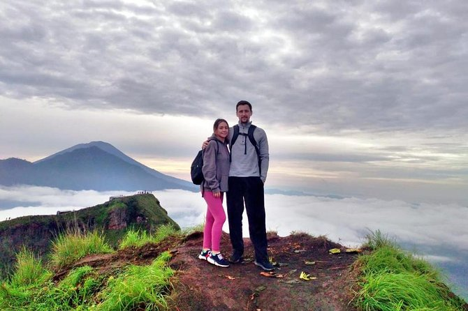 Bali Amazing Sunrise Trekking with Hotspring