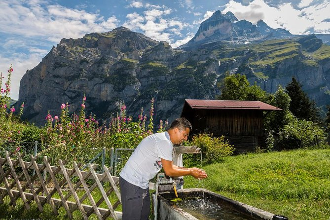 Lauterbrunnen Waterfalls & Mountain Trail Private Hiking Tour from Grindelwald