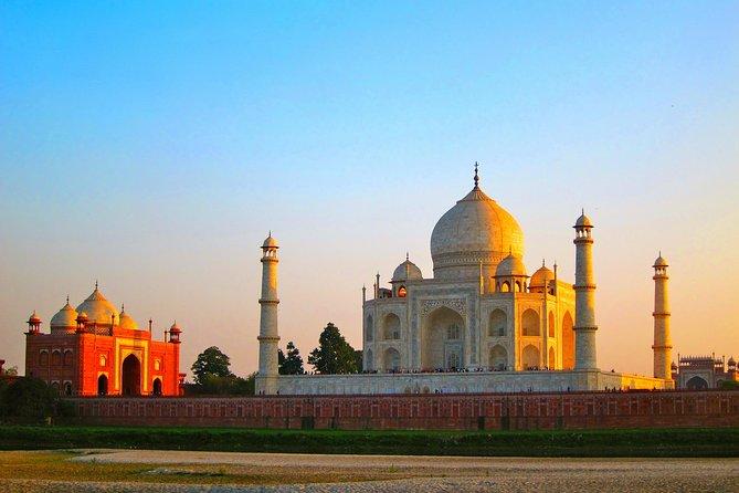 Sunrise Taj Mahal From Delhi