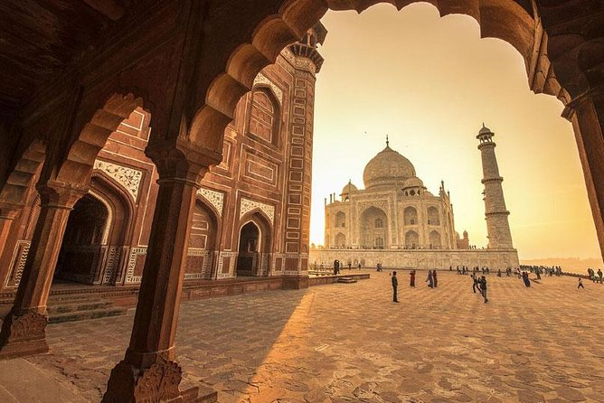 Full Day Holi celebration and Taj Mahal tour from Delhi