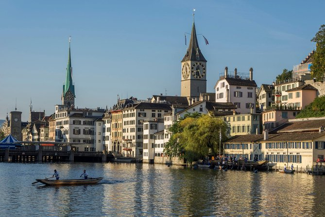 WOW Zurich Tour: 6 hours on shore, on water, in the air!