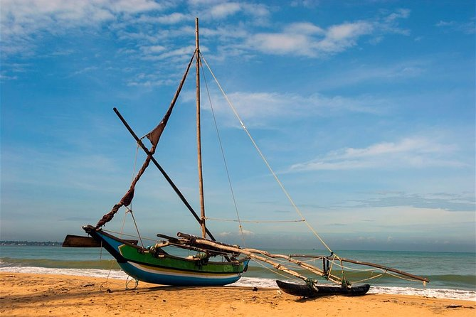 Shore Excursion from Colombo port to Negombo Beach & back for 3 to 4 People