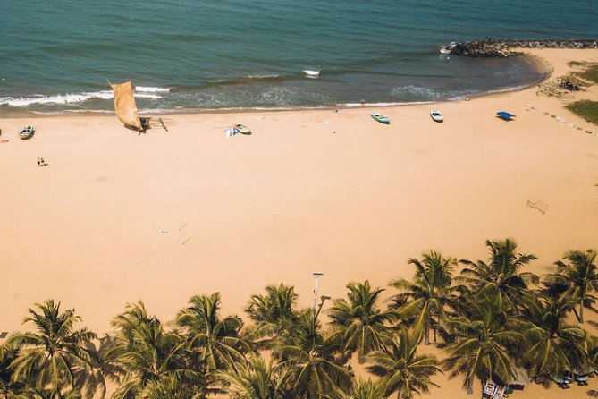 Shore Excursion from Colombo port to Negombo Beach & back for 4 to 6 People