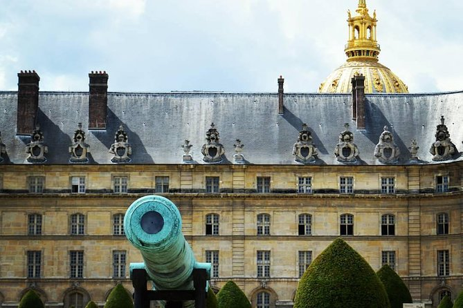 Private Napoleon Bonaparte and Les Invalides 2-Hour Guided Tour in Paris