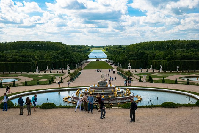Versailles Monarchy from Paris