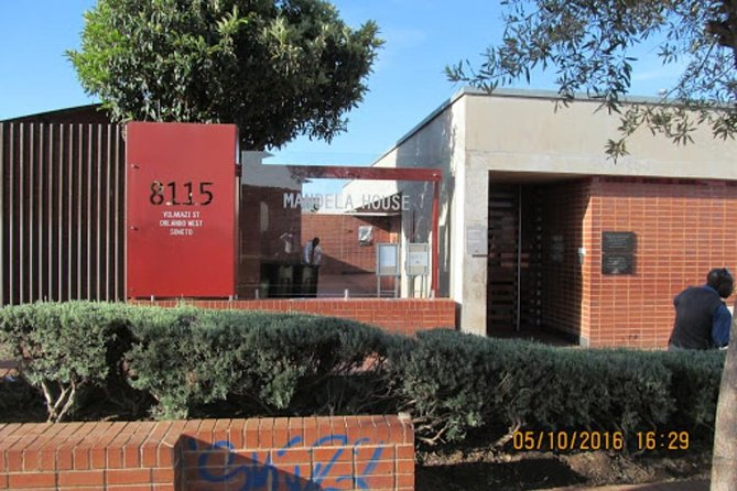 Private Johannesburg City, Apartheid Museum with Soweto Tour R1,900 photo 1