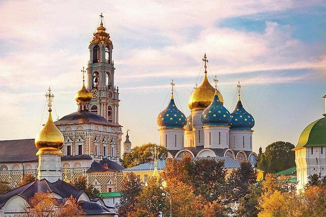 Golden Ring tour to Holy Trinity Monastery in Sergiyev Posad