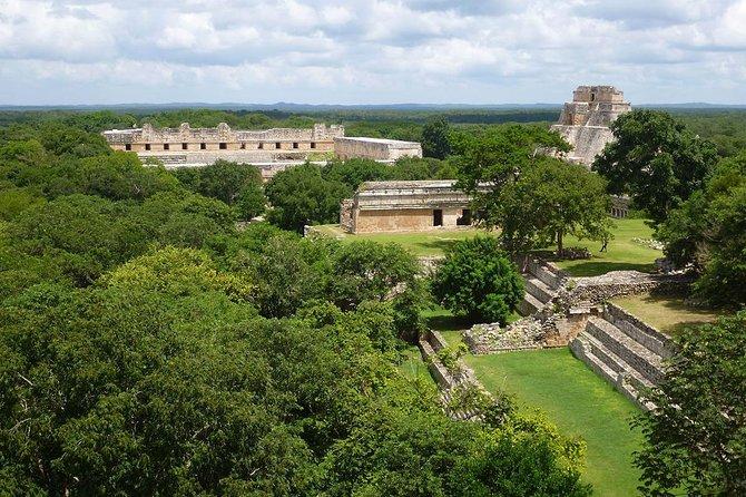 Uxmal, Hacienda Yaxcopoil y Cenote
