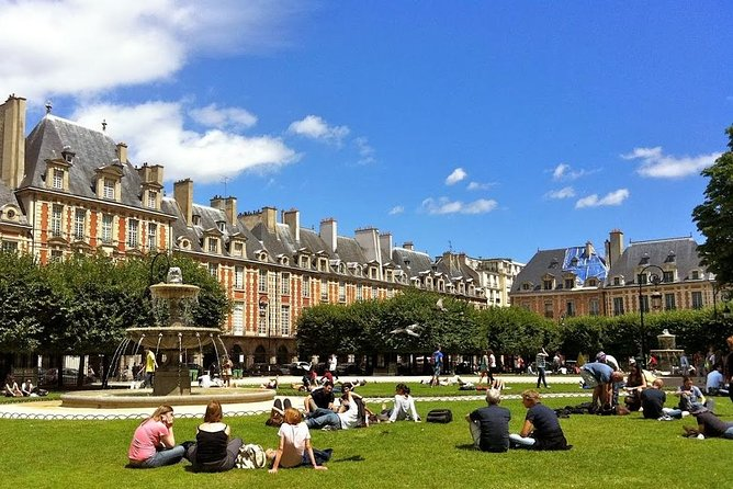 Explore Le Marais like a local - Private walking tour