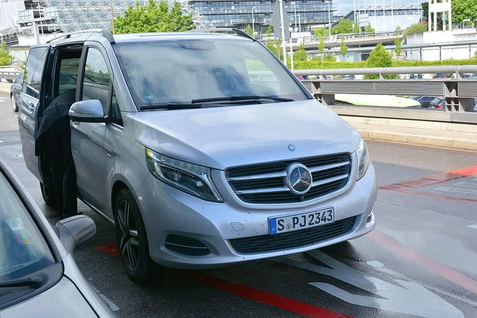 Mercedes-Benz V Class Arrival Transfer: Hangzhou Airport to Hotel