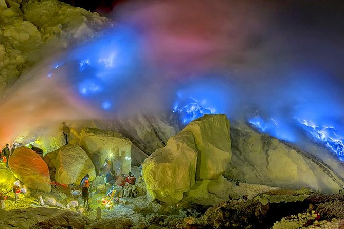 Overnight Small-Group Ijen Blue Fire Trek Tour From Bali