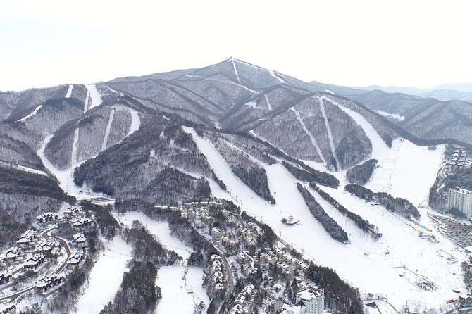 [2-days Private Ski Tour] Pyeongchang Olympic Site (Lift, Clothing & lesson) photo 10