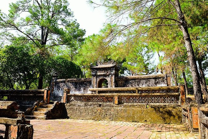 Half Day Explorer King Tomb in Hue