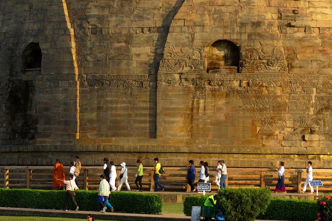Sarnath and Varanasi Combined Day Tour