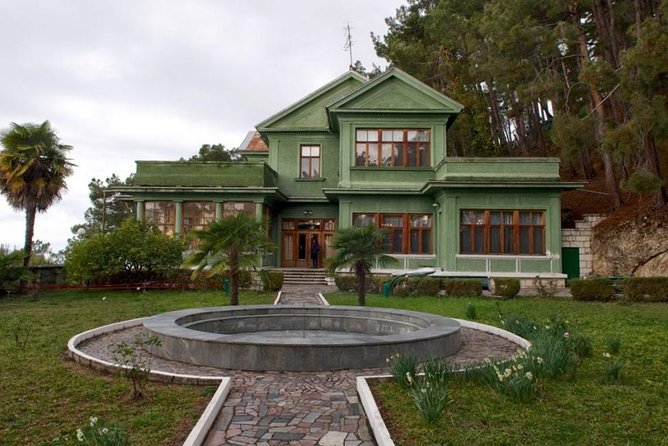 Highlights of Sochi Private Tour: Dacha of J.Stalin and Mount Akhun Views