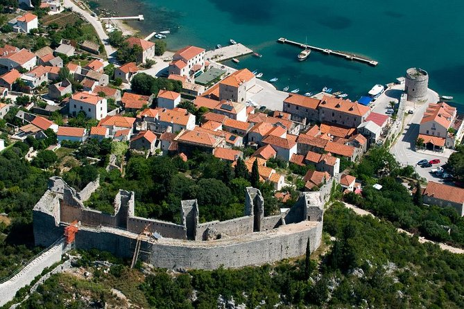 Cultural heritage of Mostar: Private Tour from Dubrovnik with Stop in Ston
