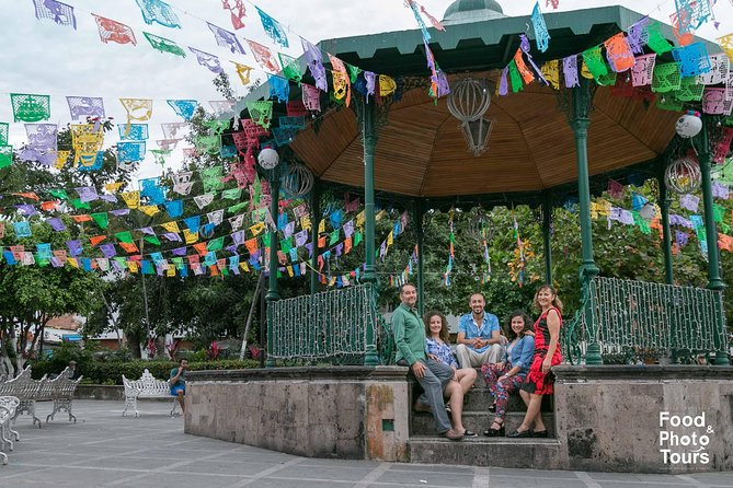 Photo Shoot Tour in Downtown Vallarta
