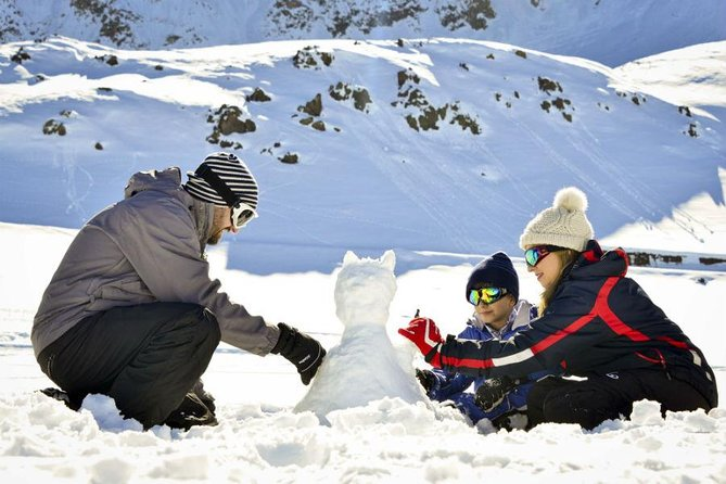 Winter Season Full Day Trip to Farellones with Snow Activities from Santiago