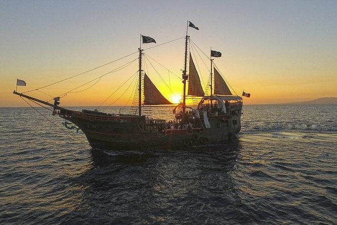 Pirate Ship | Night Tour | Book with 30 % deposit, the rest at check in!