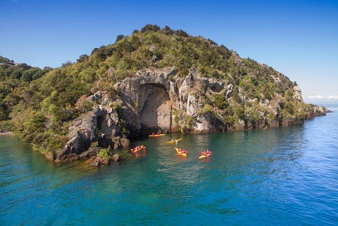 The Maori Carvings Half Day Kayak