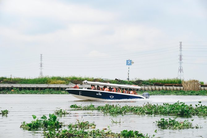 Túneis de Cu Chi e excursão ao campo de lancha de luxo