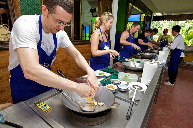 Phuket Thai Cookery School Course with Market Tour & Hotel Pickup Service