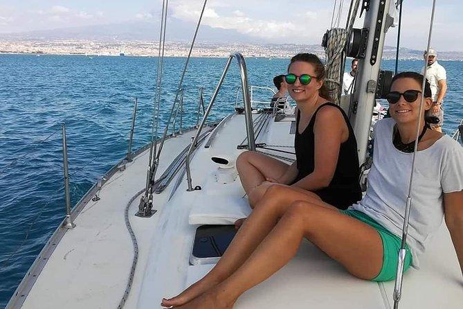 Sunset sailing tour Velacatania