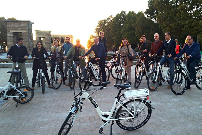 Sunset in Madrid by Ebike Night Tour