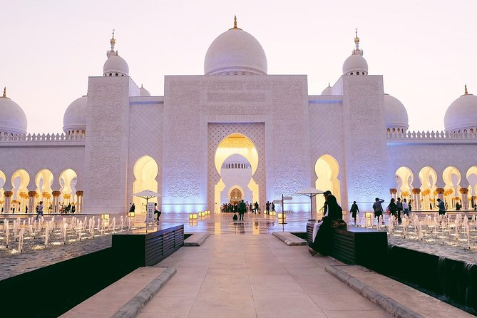 Abu Dhabi City Tour - Grand Mosque, Emirates Palace With Louvre Museum Entrance