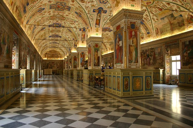 Skip the Line: Vatican Museums and Sistine Chapel Ticket with Dedicated Time