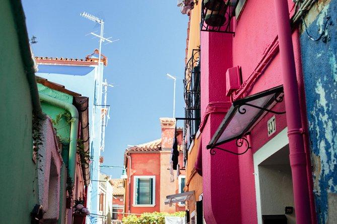 City Escape: Mazzorbo, Burano & Murano Private Day Trip