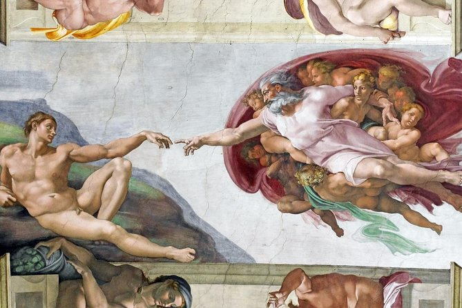 First Entry Ticket of Vatican Museums and Sistine Chapel with Exclusive Lunch