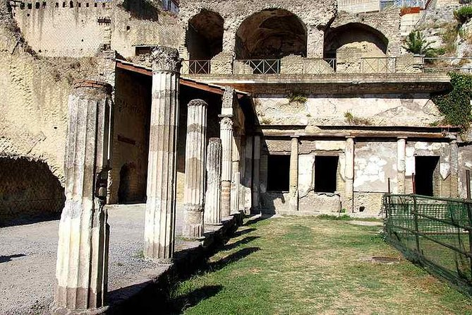 Herculaneum Express Tour by Train from Sorrento photo 3