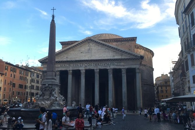 Walking tour in the Heart of Rome and a Cooking Class in a Very Small Group