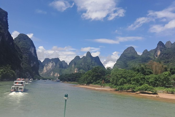 1 day Guilin Li River Cruise and Yangshuo Countryside with Scooter Private Tour photo 9