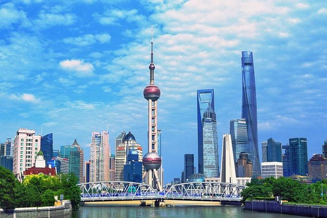 1933 Shanghai Slaughterhouse and The Bund tour with Huangpu River Cruise
