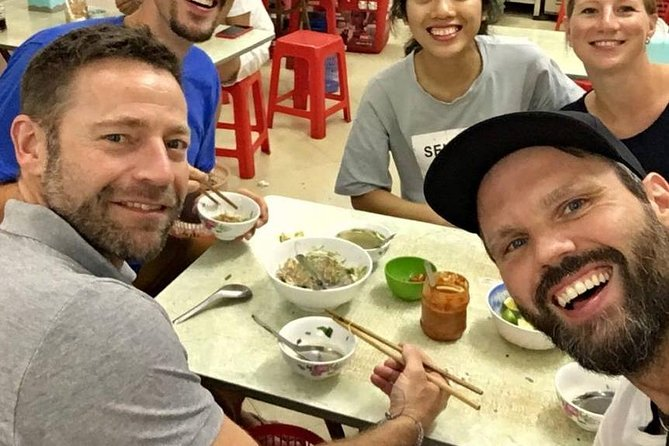 Hanoi Street Food Small Group Tours with Local Food Lovers
